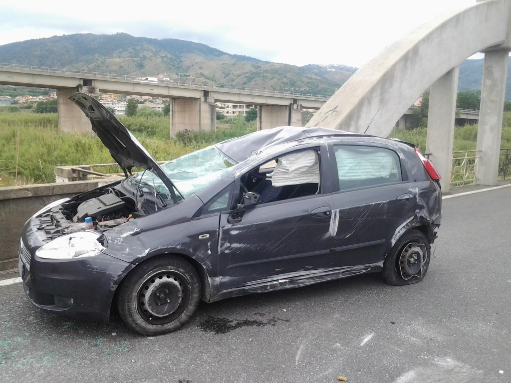 La Fiat Punto dopo l'incidente