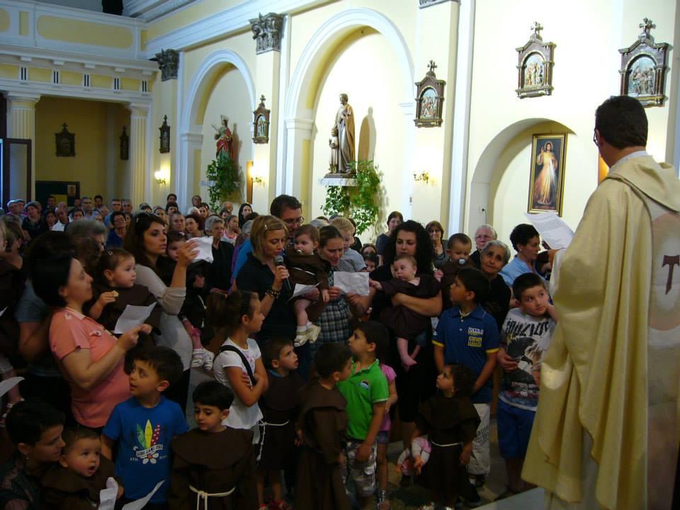 Festa di Sant'Antonio, la benedizione dei bambini