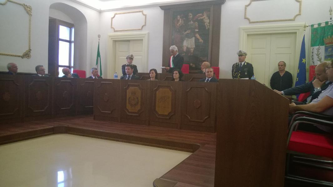 Squillace, un momento dell'insediamento della nuova amministrazione comunale