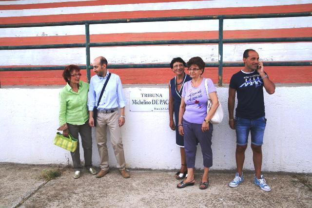 La targa a Michelino De Pace e la sua famiglia