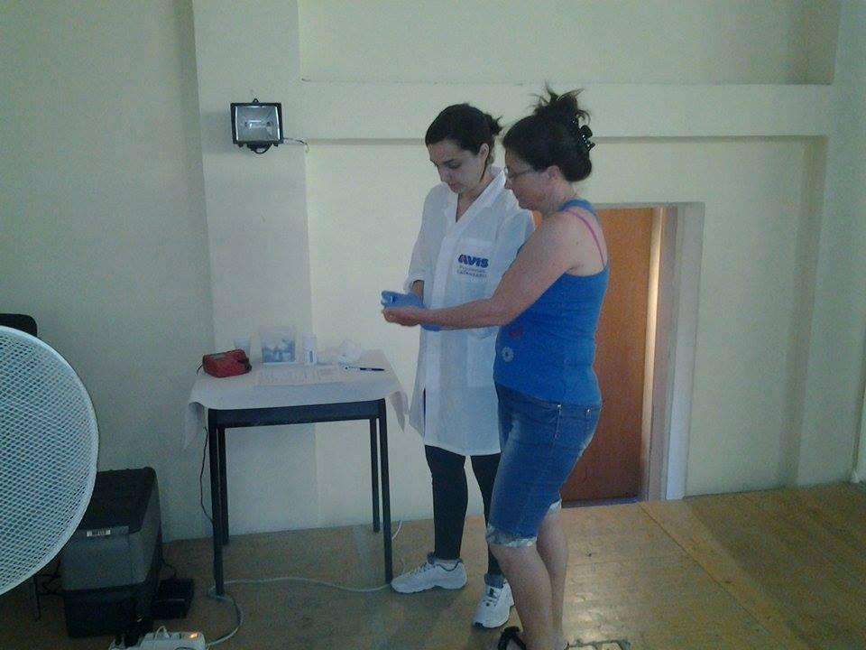 I volontari impegnati nella donazione di Stalettì