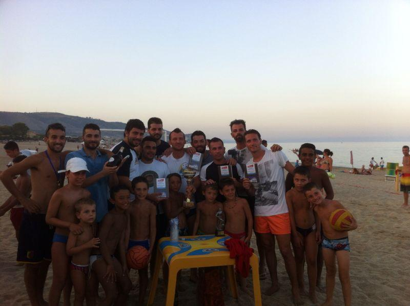 """Foto di gruppo per i vincitori del """"Budino's Team"""""""