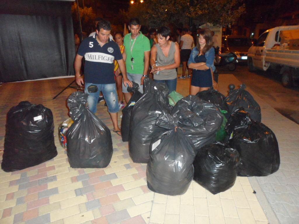 """Un momento delle """"Olimpiadi dei rifiuti"""""""