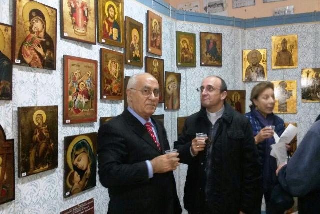 Mercurio, Corapi e, sullo sfondo, Stanizzi alla mostra
