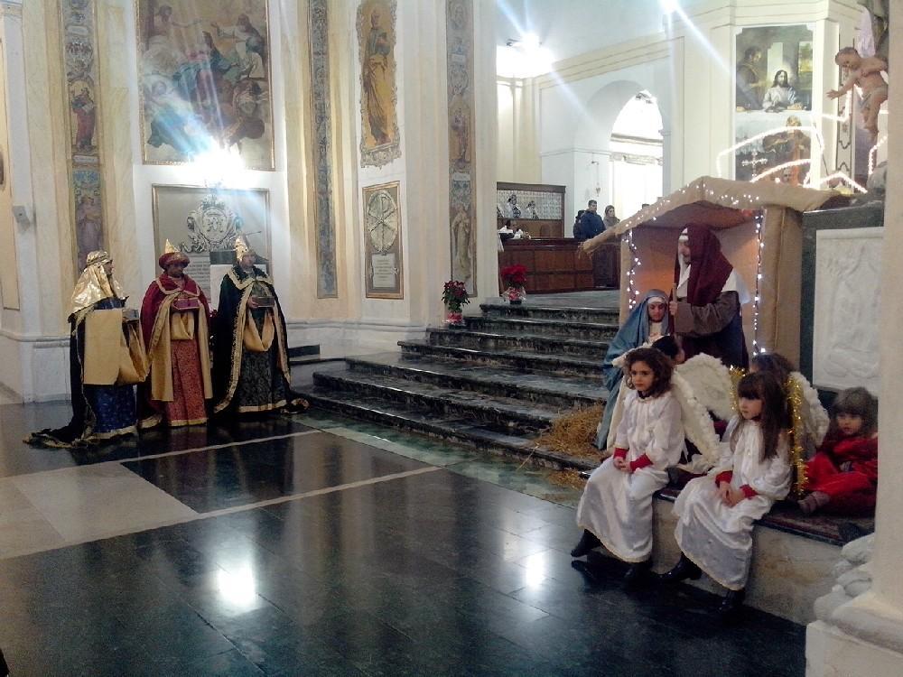 Il presepe vivente ieri in cattedrale