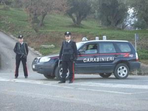 Un posto di blocco dei  carabinieri di Gasperina