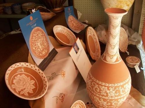 La fine ceramica squillacese