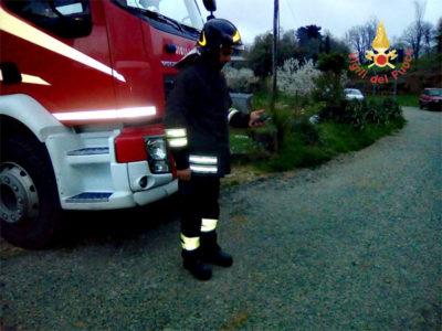 Chiaravalle centrale cz si rompe tubo metano intervengono vigili del fuoco preserre e - Tubo gas interrato ...